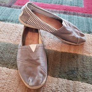 TOMS Canvas Gray and Stripes Espadrilles SlipOns